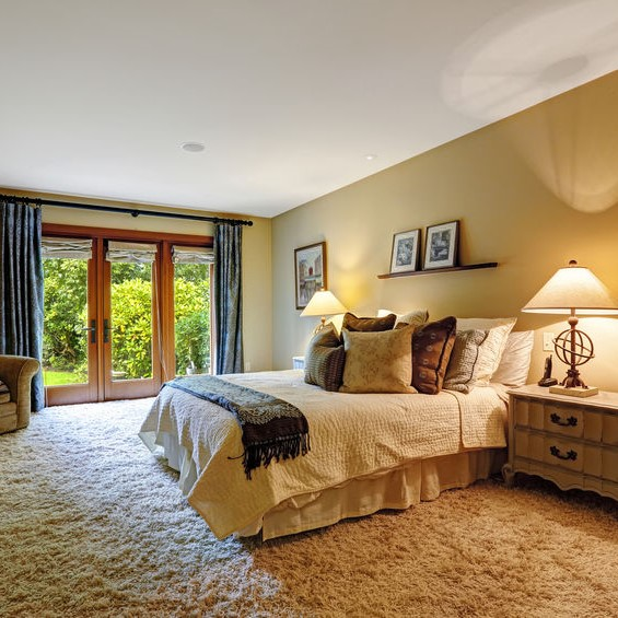 shag carpeting in a bedroom